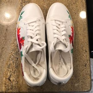 Brand new Kenneth Cole sneakers